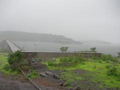 The dam @ Bhandardara (rohan107us) Tags: 2007 bhandardara