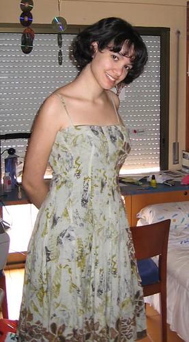 Tutty con vestido