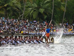 speed (insight_ranjith) Tags: nature festival backwaters onam boatrace nehrutrophy vallamkali keralatourism kutanad