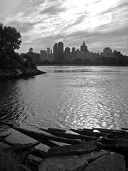 View of Manhattan from Long Island City (Nicole Marti) Tags: park nyc newyorkcity summer blackandwhite bw public water skyline river garden august queens eastriver astoria lic longislandcity socratessculpture