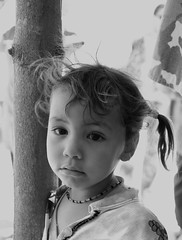 Little girl (Great!) Tags: portrait blackandwhite girl child zwartwit sony great egypt kind meisje egypte a100 bedouine