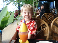 Breakfast at the Sheraton (rexb) Tags: family vacation orange beach breakfast fun hawaii waikiki honolulu sheraton rafe rocketcup