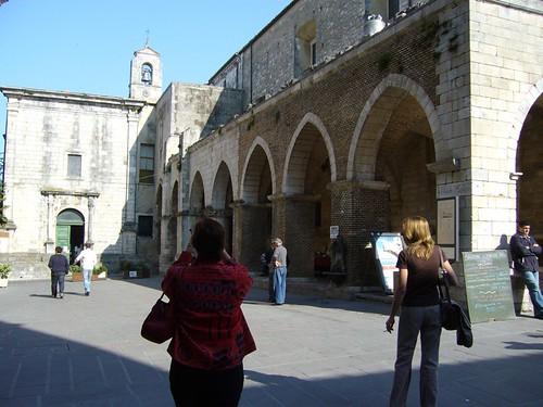 Guardiagrele church piazza