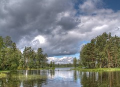 Storesj (luzzzelmann) Tags: nature landscape skne searchthebest sweden dramatic sverige coolest hdr breathtaking naturesfinest photomatix 6xp specnature 35faves tthdr 25faves superbmasterpiece excellentphotographerawards luzzzelmann excapture 1on1landscapesphotooftheweek 1on1landscapesphotooftheweekaugust2007