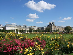 Louvre Garens (ashworth_rich) Tags: above pink blue sky people sun white paris france flower green classic nature fountain beautiful beauty yellow clouds garden french relax outdoors chair day natural bright louvre clear crisp environment brilliant rennaisance upwards pwpartlycloudy