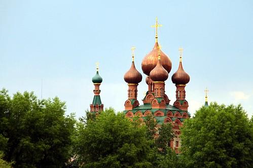 Москва: Храм Троицы Живоначальной
