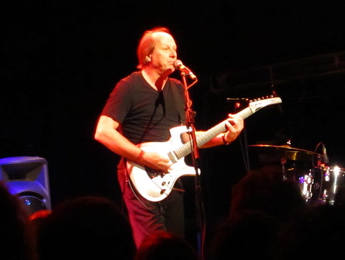 Adrian Belew playing in London