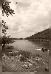 Potomac River (Len Abrams, ARPS - Photographer) Tags: travel usa canon river season eos virginia blackwhite images potomac harpersferry canon5d abrams canoneos northernvirginia seasonimages