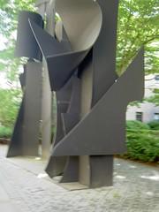070622 transparent horizon (Dan4th) Tags: cambridge sculpture art boston ma mit 02139 massachusettsinstituteoftechnology
