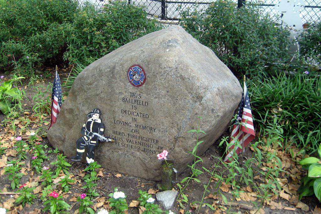 NYC - Brooklyn - Carroll Gardens - Firefighter Louis Valentino Jr Ballfield at Carroll Park