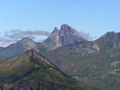 Pico Mandilar-Panticosa Pirineo Aragones Huesca- 15 (Rafael Gomez - http://micamara.es) Tags: espaa spain huesca cerro pico espagne senderismo aragones pyrenees spanien pirineus pirineo pyrenen panticosa pirenei  mandilar   cuartale