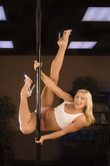 Fawnia (D'Marie) Tags: smile athletic highheels dancer blonde athlete fitness fit poledancer fawnia fawniamonday