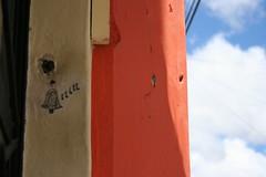 mi casa es tu casa (PePandora ☂) Tags: color mexico sancristobal tina canoneos350d chiapas campanello agosto2007 pepandora