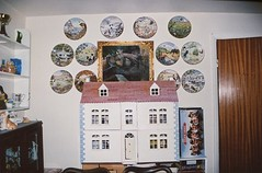 Dad's Army (Adele M. Reed) Tags: house film 35mm countryside spring warm fuji superia lounge 200 decor bens sheepy dollshouse dadsarmy canoneos500n wallplates warks