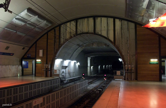 Tunnel du RER E