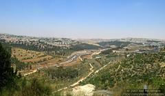 Israel 2007-06-12 IMG_2328 (Exothermic) Tags: city urban landscape israel construction highway jerusalem hills highway1 valley ישראל ירושלים roadway إسرائيل القـُدْس أورشليمالقدس כביש1
