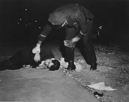 WeeGee by TallerW.