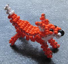 Zorro. (naiarais) Tags: animal handmade zorro artesania manualidades abalorios hechoamano bolitas animalessalvajes hechopornaiara animalesdebolitas