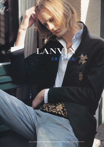 David Lindwall5030_Lanvin en Bleu(WWD Men's SS2005)