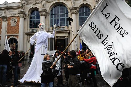 Manifestation pour les Retraites, Théatre du Soleil