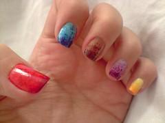 um dedo de cada cor parte 1 (LaranjaAtomica) Tags: arcoíris unhascoloridas