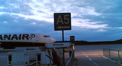 Aerobús a Granada, dársena A2 (by jmerelo)