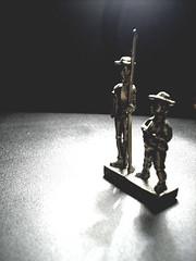 Hidalgo a las sombras (Sebastian Provoste) Tags: de la y quijote don su hidalgo fiel sancho mancha panza escudero ingenioso