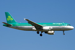 EI-DEO - 2486 - Aer Lingus - Airbus A320-214 - 100617 - Heathrow - Steven Gray - IMG_4051