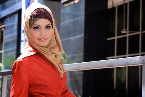 [フリー画像] 人物, 女性, アジア女性, ヒジャブ, マレーシア人, 201010281500
