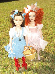 dorothy and glinda (tomeki28) Tags: robert fashion dolls oz wizard wilde imagination tonner