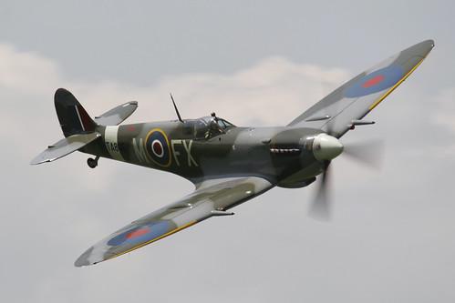 Warbird picture - Spitfire