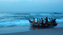 Yaelae Lo Ailasa (Raksh1tha) Tags: morning man beach marina sunrise walk fisher chennai