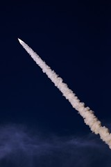 space shot (lecates) Tags: nikon atlantis shuttle launch spaceshuttle 85mmf14d d80 spaceshuttleatlantis sts117 jestershof