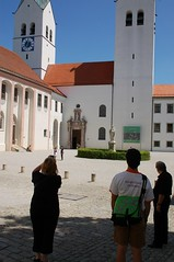 Freising Dom Courtyard (wunnspeed) Tags: germany bayern deutschland bavaria parents freising