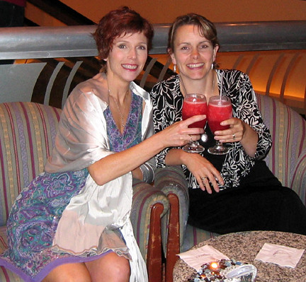 Me and Laura Drwery at RWA National 2007