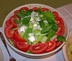 Finomsg / Delicacy (ssshiny) Tags: food tomato salad vegan paradicsom tel salta vegetrinus