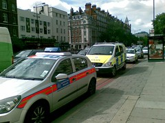 Police vehicles aplenty (A Simple Man) Tags: london transport police british astra mondeo vito metropolitanpolice doubleredlines cbrn