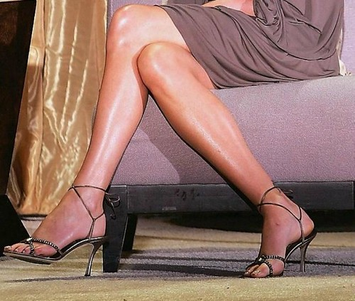 Charlize theron feet 32 a photo on flickriver charlize theron feet 32 voltagebd Choice Image