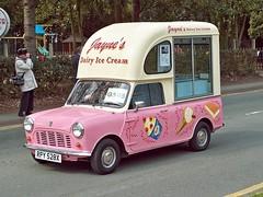 151 Mini Ice Cream Van (1981) (robertknight16) Tags: mini icecream british van 1970s 1980s 194570
