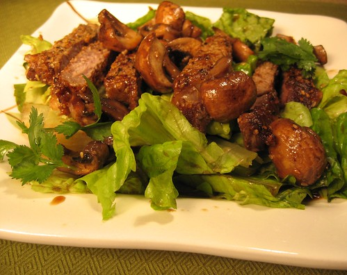 Seared Asian Steak and Mushroom Salad 001