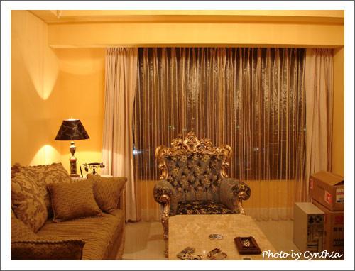 客廳窗簾-晚上有開主燈