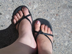 Sandals Redux (chicgeekuk) Tags: laura feet toes purple sandals pedicure nailpolish kishimoto laurakishimoto laurakishimotoca