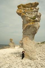 IMG_9287 copy (paralecitam) Tags: friends sea sun beach fun rocks sweden sverige gotland vacations maciej maciek fr raukar paralecitam maciekburgielski maciejburgielski burgielski