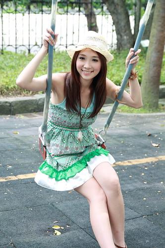 フリー写真素材, 人物, 女性, アジア女性, 帽子・キャップ, ドレス,