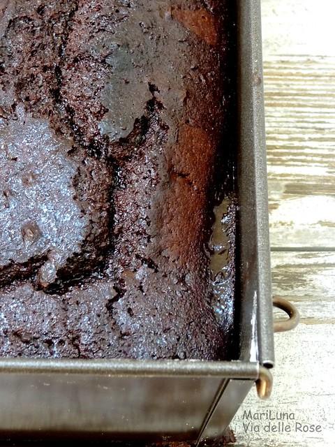 Cake nero al cacao e vino rosso