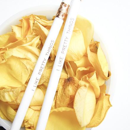 wedzu_white-roses-prettythings_olive manna