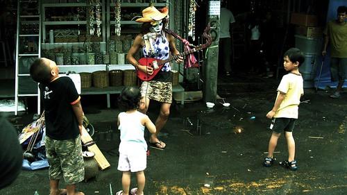 Chatuchuk Market, Performer