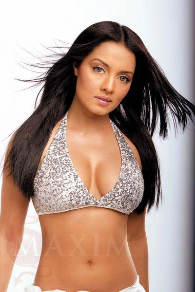 Celebrities News: celina jaitley