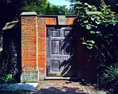 "The Salutation. Sandwich, Kent. (""Als ik Kan"") Tags: cameraphone england brick architecture garden kent sandwich smartphone sir edwin jekyll salutation htc lutyens edwinlutyens gertrudejekyll"
