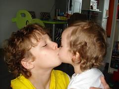 Noor & haar lievelingsbroer (knoorvanwijngaarden) Tags: noor